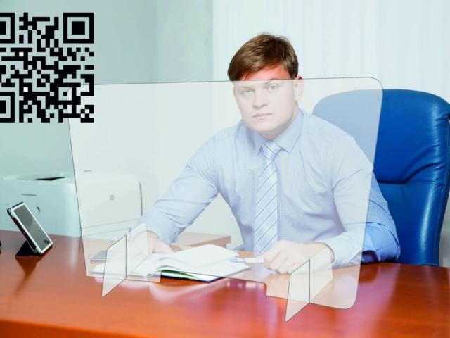 Защитный экран изготавливается из прозрачного акрила.